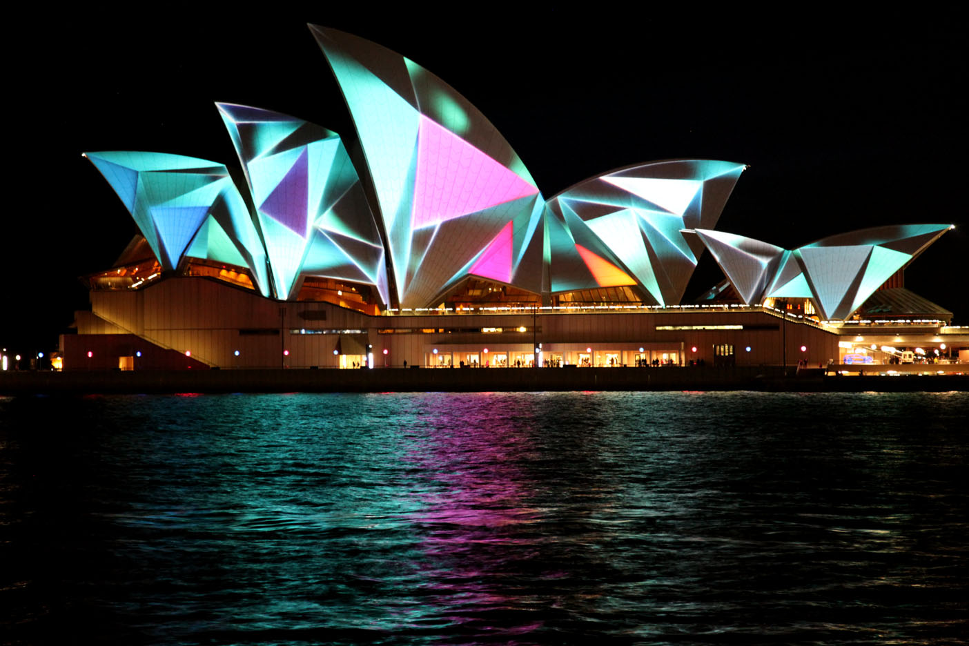Hotels Close To Sydney Opera House